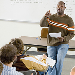 teacher-faculty-in-class