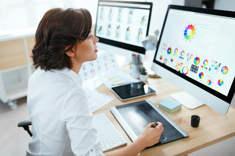 Team member designing a custom layout